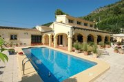 Beautiful villa on the Mediterranean sea in Spain